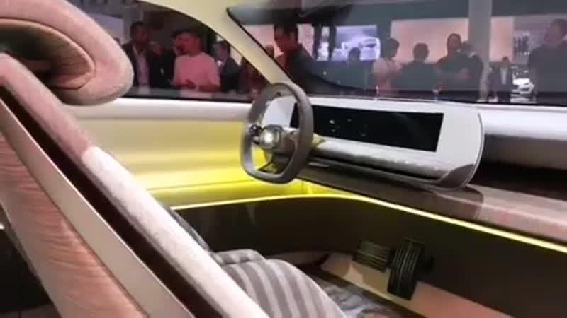 В честь автомобиля 45-летней давности легендарного Pony Coupe Hyundai разработал футуристичный концепт– кар «45»