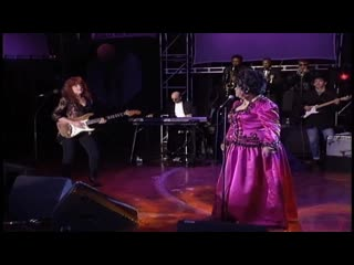 Ruth Brown with Bonnie Raitt - (Mama) He Treats Your Daughter Mean (1993)