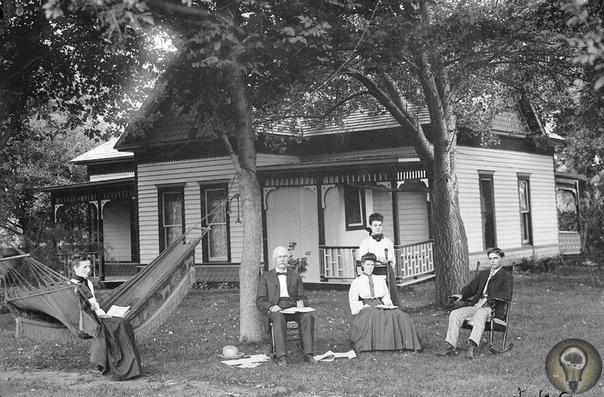 АМЕРИКАНСКАЯ ЦЕЛИНА. Ч.-2 1 Небраска, 1886 год 2. Молодая семья из Небраски, 1886 год3. Небраска, 1892 год 4. Клеймение скота 5. Небраска, 1909 год 6. Железнодорожники, 1889 год 7. Резиденция У.