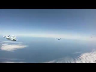 Сопровождение royal air force typhoon над балтикой