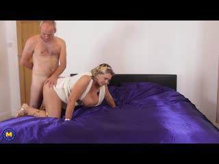 Camilla C. (EU) (47) - Camilla dresses up in a toga an