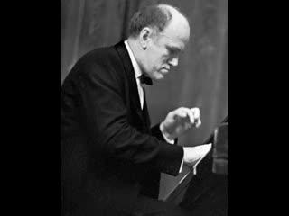 С.Рахманинов-Прелюдия,исп.С.Рихтер.(Rachmaninov Prelude  No.5 Richter