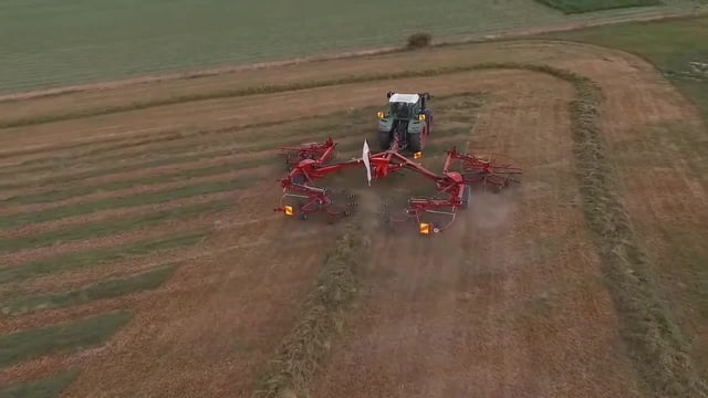 Fodder-harvesting equipment of firm LELY (Holland)/ Baling · coub, коуб