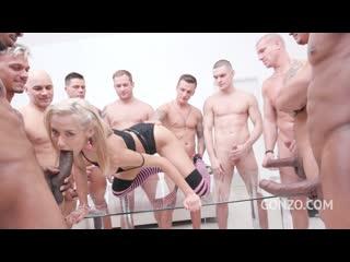 Veronica Leal 10-man anal gangbang SZ2115
