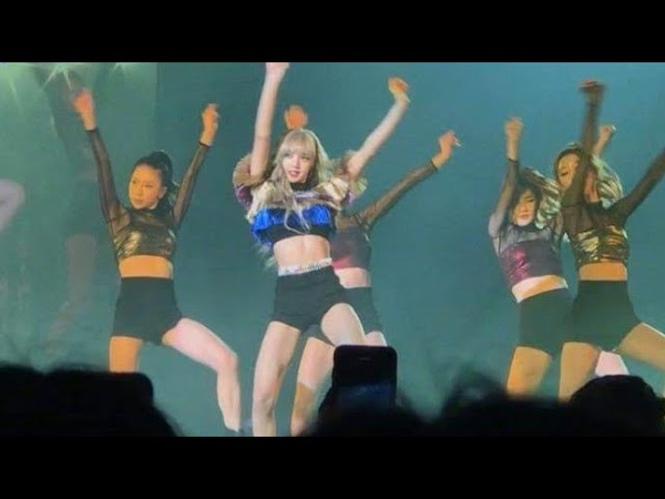 LISA - SOLO STAGE DANCE SWALLA AT BLACKPINK CONCERT IN THAILAND DAY1