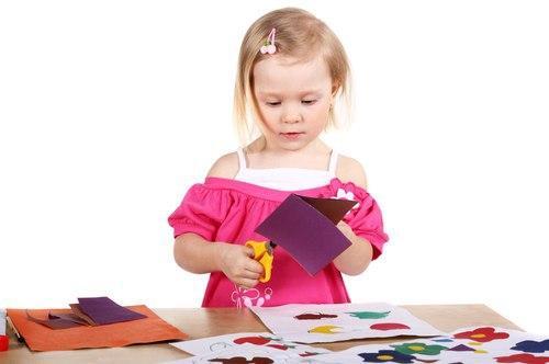 Мастер-класс по изготовлению открыток к 8 Марта пройдет в доме культуры на 1-й Вольской
