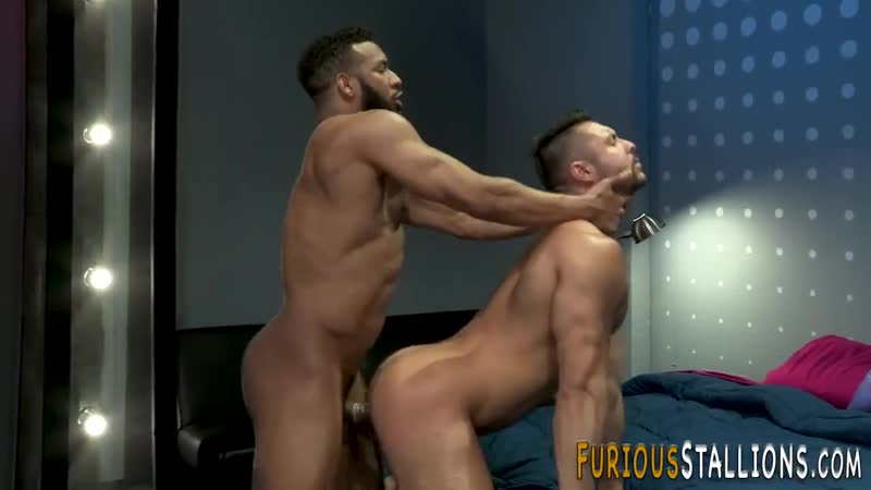 oliverq25 Dude takes huge black rod in his tight ass free gay video