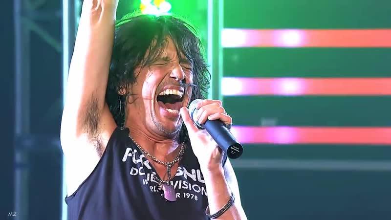 Foreigner - Juke Box Hero (2010 Live) Ryman Auditorium in Nashville, Tennessee USA