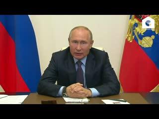 Путин раскритиковал работу министерств по оформлению выплат на детей