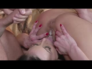 PMV Cum Swapping Babes Kiss the Cum off Splish Splash