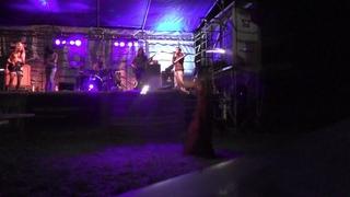 Fireshow Leila Sunshine VS Midgard psychedelic music in Hengdorf Trommelfeuer festival