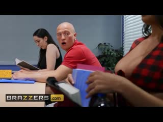 Brazzers big tit schoolgirl sofi ryan gets pounded in class