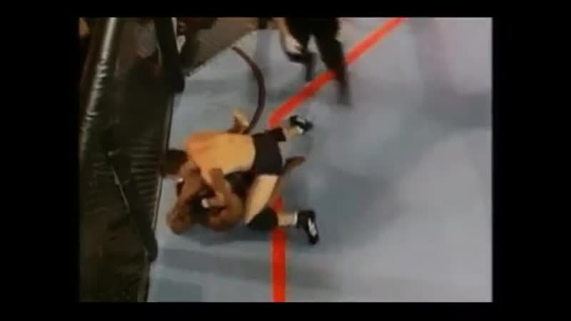 UFC Don Frye beat Gary victory Submission punches Дон Фрай против Гэри Гудриджа 1 11DeadFace