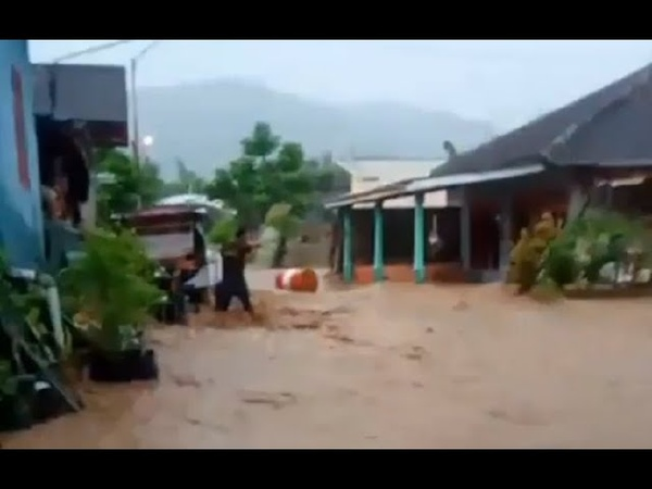Flooding in Tirtomoyo Central Java Indonesia 11 May 2020 banjir