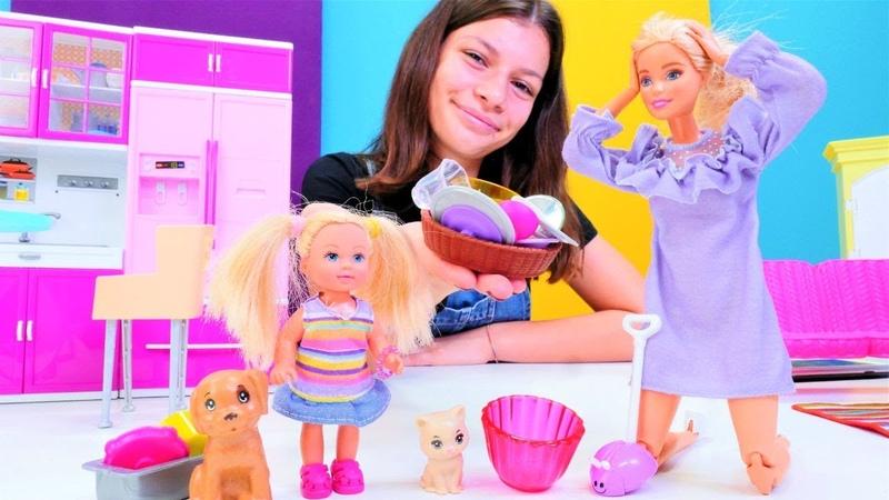 Barbie evinde kameraları kuruyor! Barbie oyunu izle. Çocuk videoları