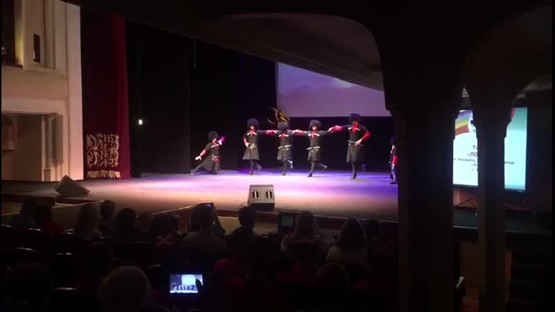 Лезгинка, кавказский танец, Ловзар, Фестиваль для людей с ограниченными возможностями здоровья Мир без границ в ТЮЗе