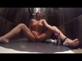 Anastasiaxxx89 (aka anastasia steele)(manyvids morning shower kitty play)
