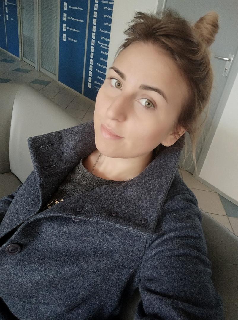 девушка фото менеджера дарьи клуба брянска девушке