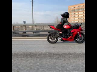 шла вторая неделя карантина🤪💃 #мотоТаня девушка на красном мотоцикле