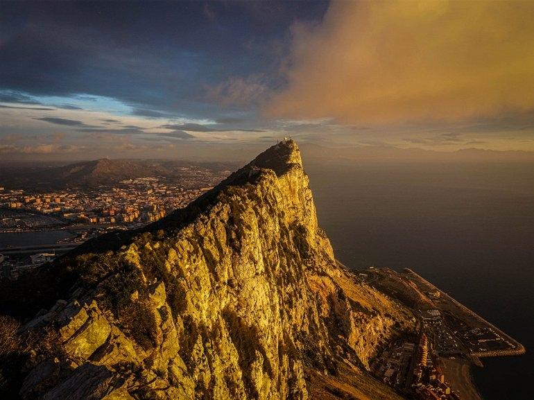 Интересные места нашей планеты Гибралтарская скала (Великобритания), изображение №3
