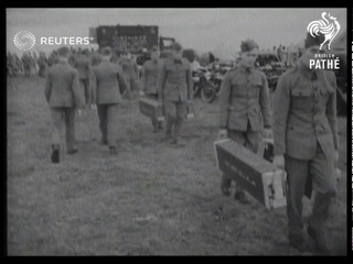 DEFENCE: London territorials move to new camp for intensive training (1939)