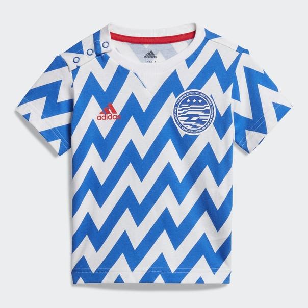Комплект: футболка и шорты Football