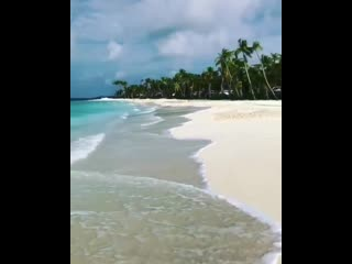 Feel the Waves... wonderful Paradise..