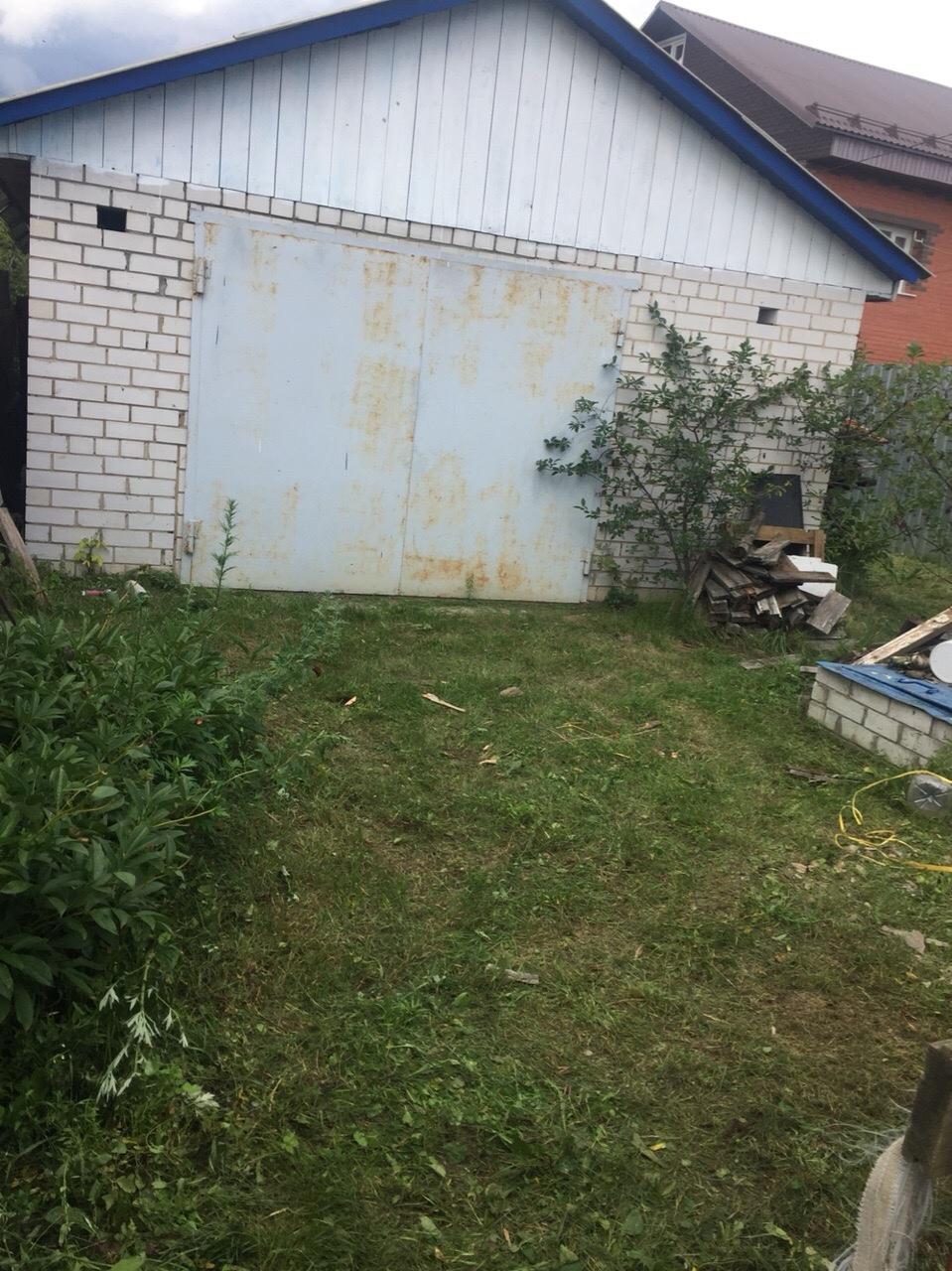 Продам квартиру с земельным участком в п.
