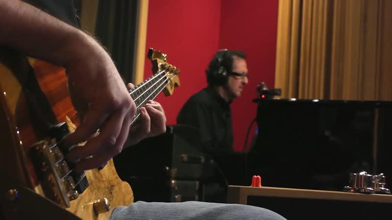 Studio Jams 66 - Angel eyes