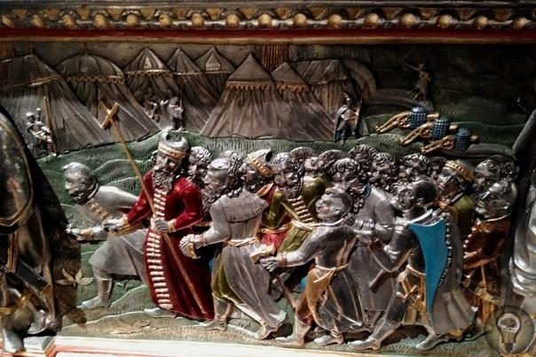 Cаркофаг Сигизмунда III из усыпальницы кафедрального собора в Вавеле.
