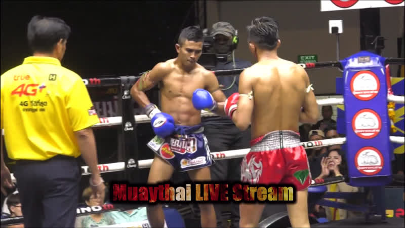 Yothin's🔴 нокаутировал локтем Rungnarai🔵. Стадион Люмпини, Бангкок thai-boxing.moscow