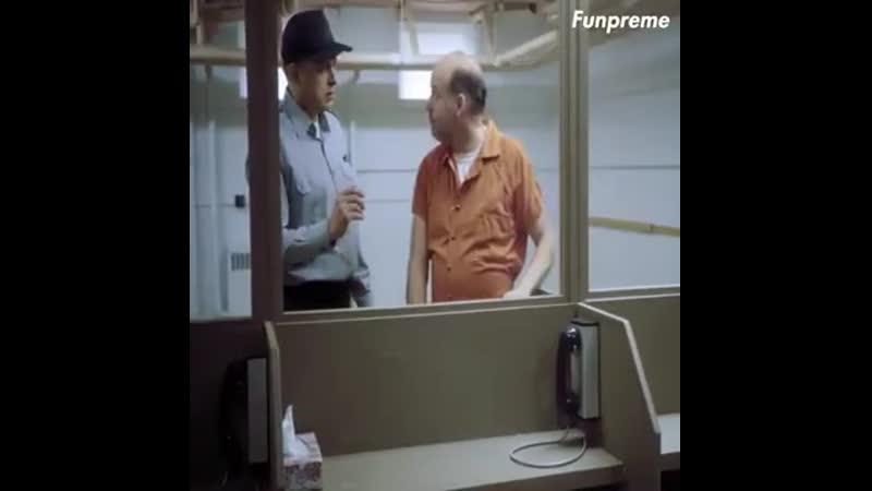Дорогая я так скучаю хорошее настроение юмор забавное видео тюрьма заключенный тюремщик жена и муж любовь разлука