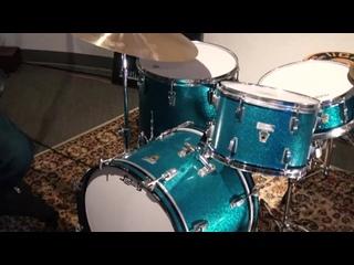 Ludwig 20_12_16_5x14_ Drum Set - Aqua Sparkle Transition Badge\Steve Maxwell Vintage Drums