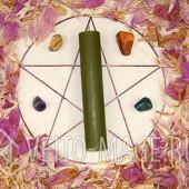 Зеленая ритуальная магическая свеча