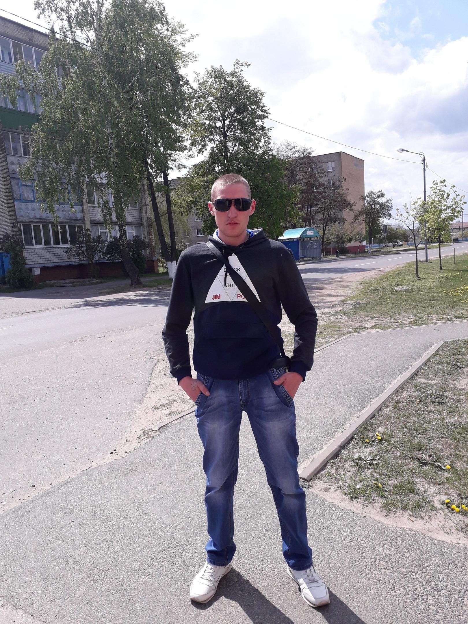 Alexey, 26, Svyetlahorsk