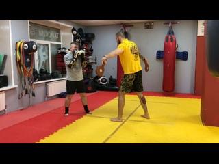 Тренировка по тайскому боксу с Алексеем Куцовым