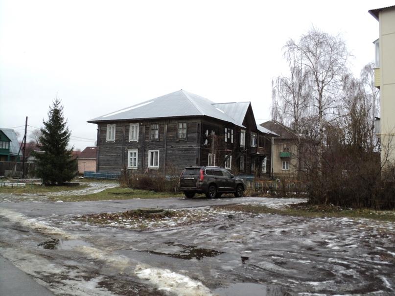 Типовая советская жилая архитектура 50-х годов в Белоомуте., изображение №15