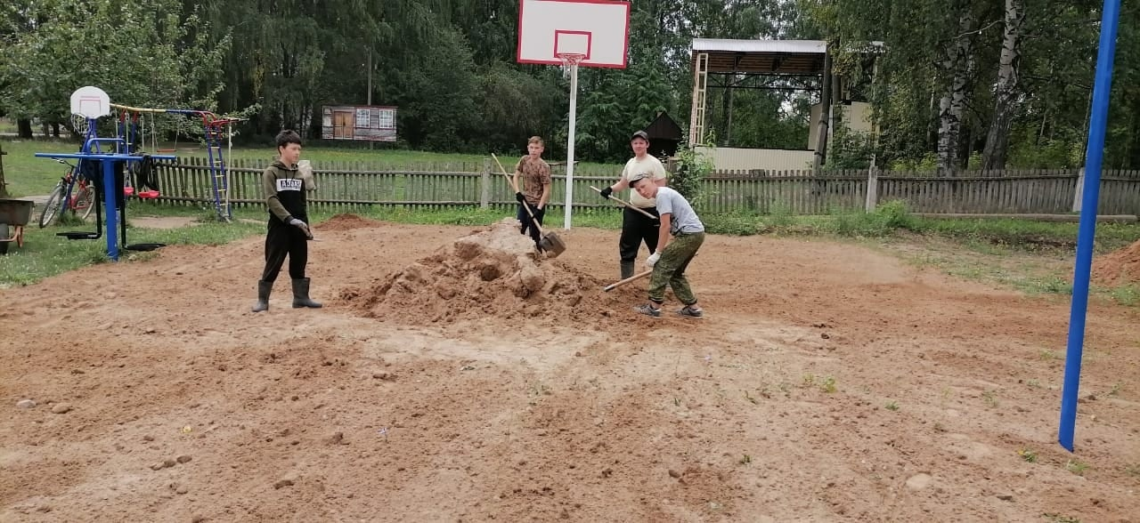 Юные волонтеры в Можгинском районе вновь сделали