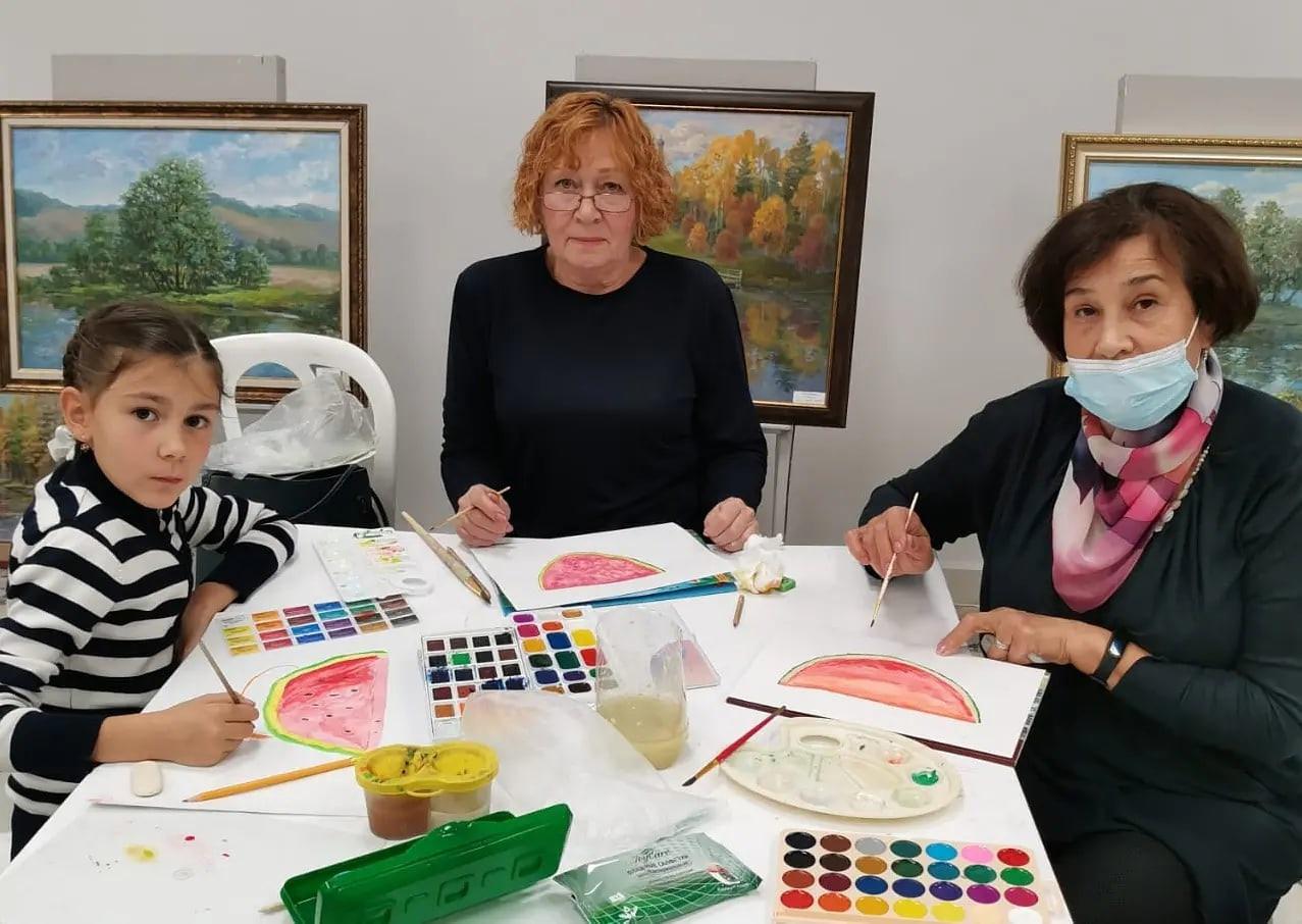 Первое занятие Клуба семейного творчества