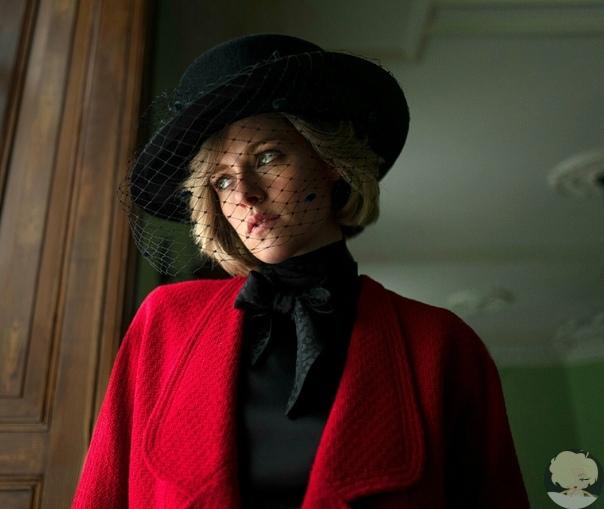 В сети появился первый кадр с Кристен Стюарт в роли принцессы Дианы.