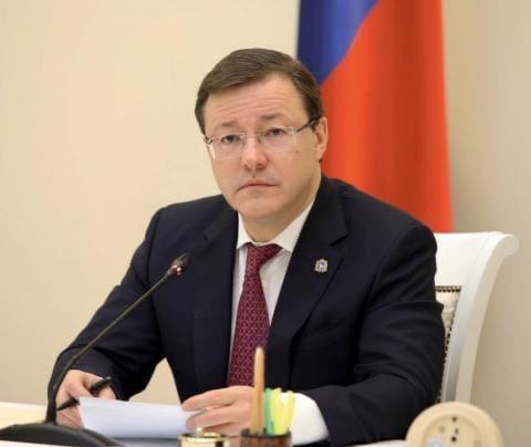 Дмитрий Азаров объявил о введении дополнительных н...