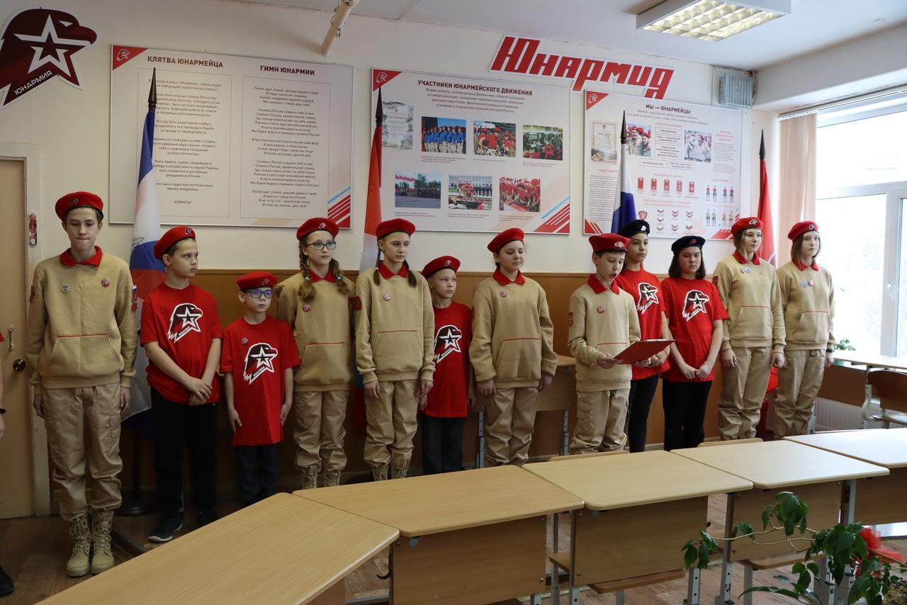 """Новые кадры юнармейского отряда """"Феникс"""""""
