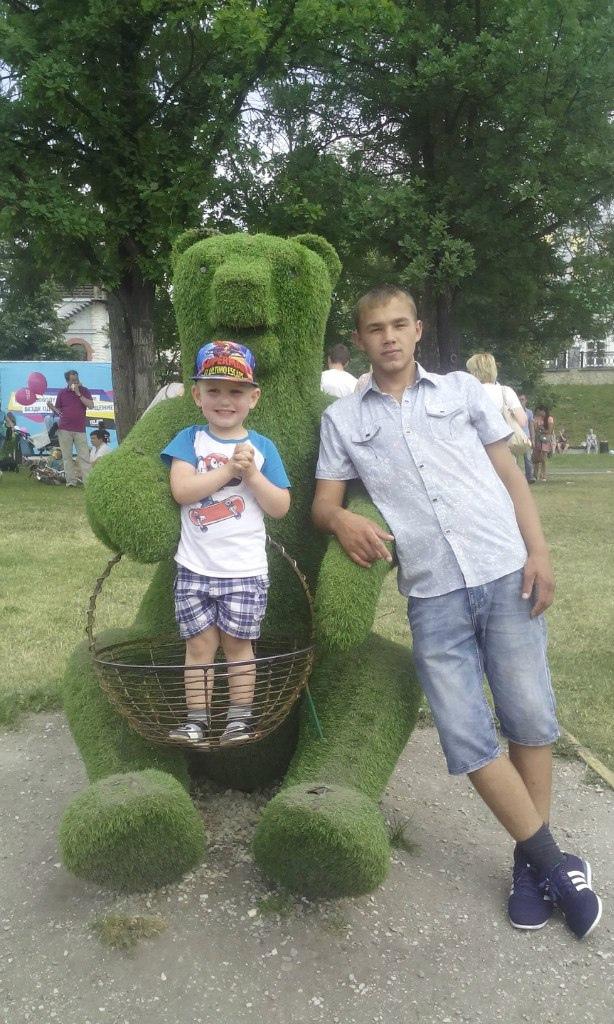 Виктор, 23, Shadrinsk