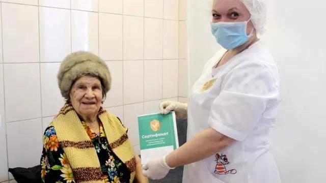 92-летняя жительница Талдома стала самой старшей пациенткой, сделавшей прививку от коронавируса