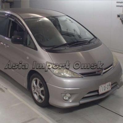 Toyota Estima 2003 год