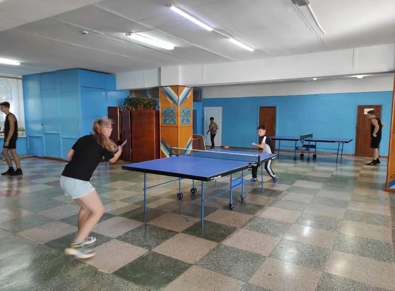 В Доме физкультуры Петровска состоялся теннисный турнир