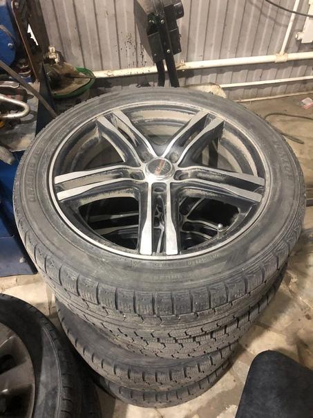 Продам колеса 215/50R17 Цена: 35000Телефон: 890888...
