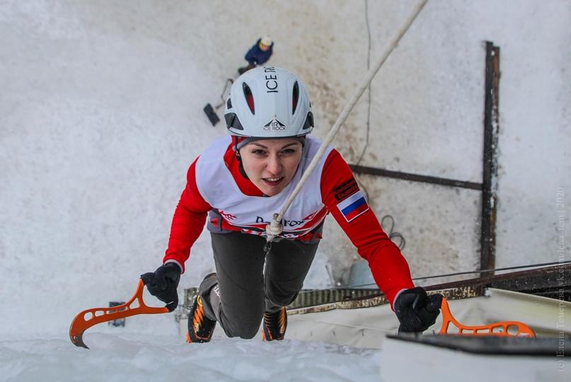 Главные отечественные ледолазные старты сезона финишировали в городе Кирове в минувшие выходные – чемпионат и первенство России по альпинизму. Всем было что доказывать и что терять…, изображение №53