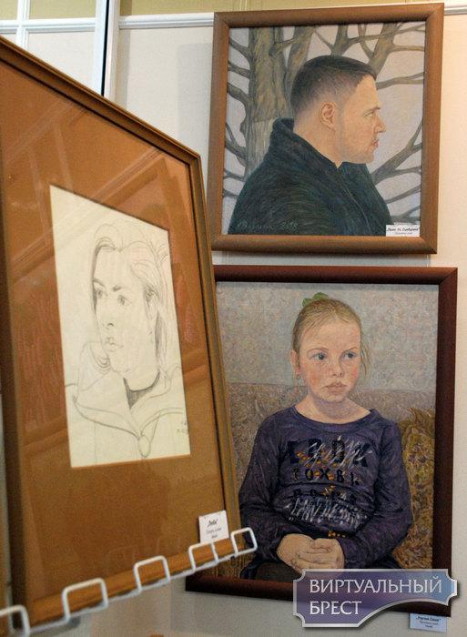 В Бресте открылась выставка Леонида Волосюка «Зимние встречи»