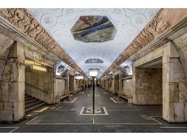 Волшебный город под землей декор станций столичной подземки от первой очереди до наших дней